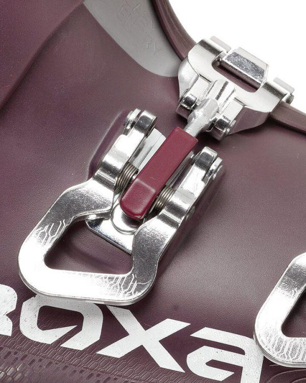 buckles 720x900px 3